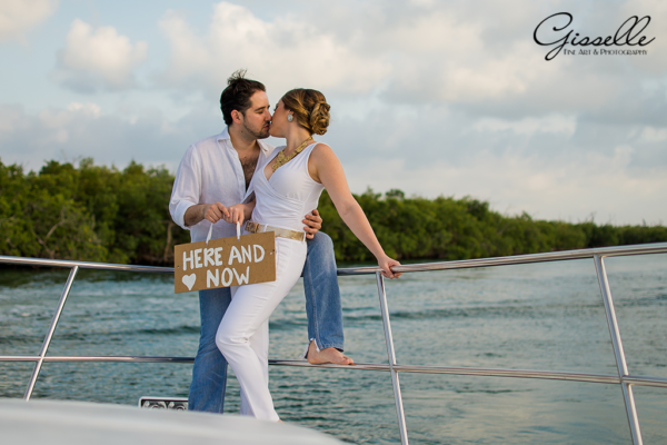 Ali & Koko Save the Date @Yatch Cancun Lagoon